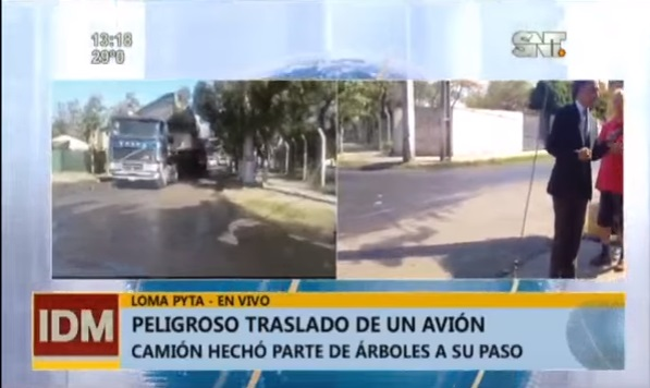 Incidentado transporte de avión en desuso