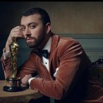 Sam Smith, a los besos con actor