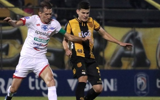 Guaraní e Independiente empataron sin goles